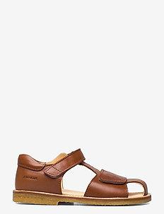 Sandals - flat - closed toe -  - sandaler - 1545 cognac