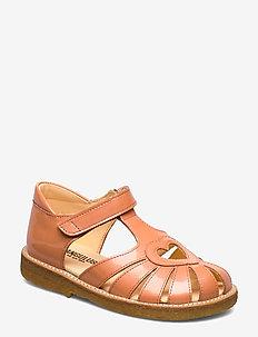 Sandal with heart detail - 2355 PEACH