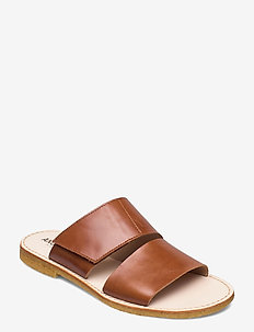 Sandals - flat - open toe - op - flache sandalen - 1838 cognac