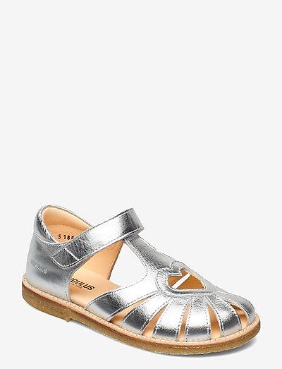 Sandals - flat - closed toe -  - remsandaler - 1329 silver