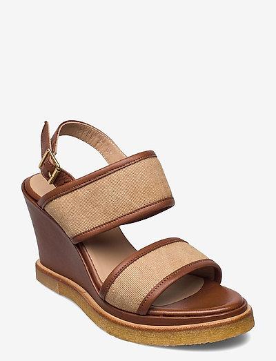 Sandals - wedge - højhælede sandaler - 1548/2670 cognac/sand