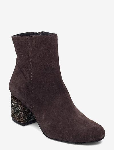 Bootie - block heel - with zippe - ankelstøvler med hæl - 2193/2487 brown/copper glit