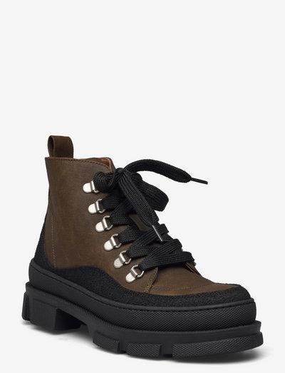 Boots - flat - with laces - flade ankelstøvler - 1321/2664 black/olive