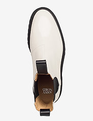ANNY NORD - GOAL DIGGER Chelsea Boot - chelsea boots - off white patent - 3