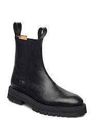 GOAL DIGGER Chelsea Boot - BLACK