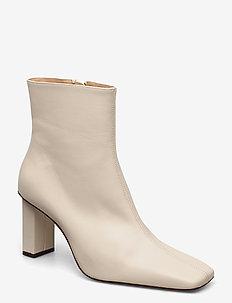 JOAN LE CARRÉ Ankle Boot - ankelstøvler med hæl - cream