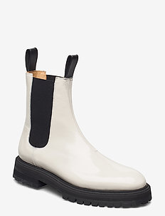 GOAL DIGGER Chelsea Boot - chelsea boots - off white patent