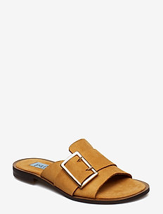 Big buckle flat sandal - CAMEL