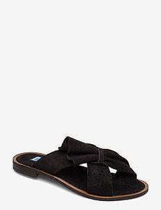 Half Botie flat sandal - NERO