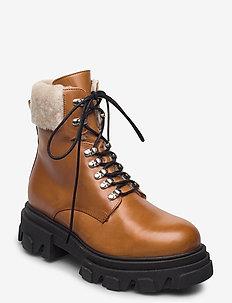 Chuncky ski - flat ankle boots - cognac