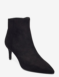 Pointed bootie low - high front - ankelstøvler med hæl - black