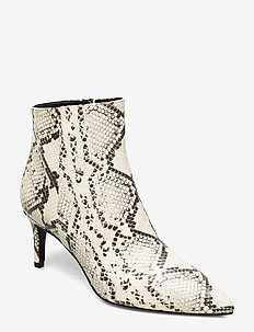 Pointed bootie low high front - wysoki obcas - black and white python