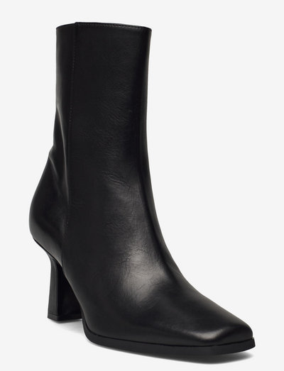 Elegant square bootie funny heel - ankelboots med klack - nero