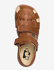 Arauto RAP - ECOLOGICAL CLOSED SANDAL, FOR EXTRA WIDE FEETS - sandały - 39-cognac - 3