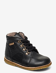 HAND MADE LOW BOOT - BLACK