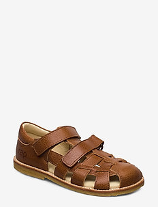 ECOLOGICAL CLOSED SANDAL, FOR EXTRA WIDE FEETS - sandals - 39-cognac
