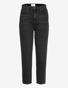MAIRAA - tapered jeans - washed down black