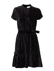 Alysia Velvet Pleat - BLACK