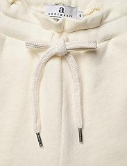 Arnie Says - Zayne College - shorts casual - offwhite - 3