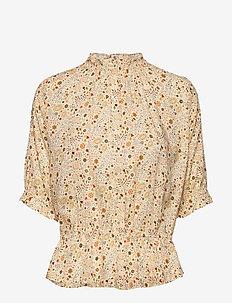 Camila Print - short-sleeved blouses - ecru multi