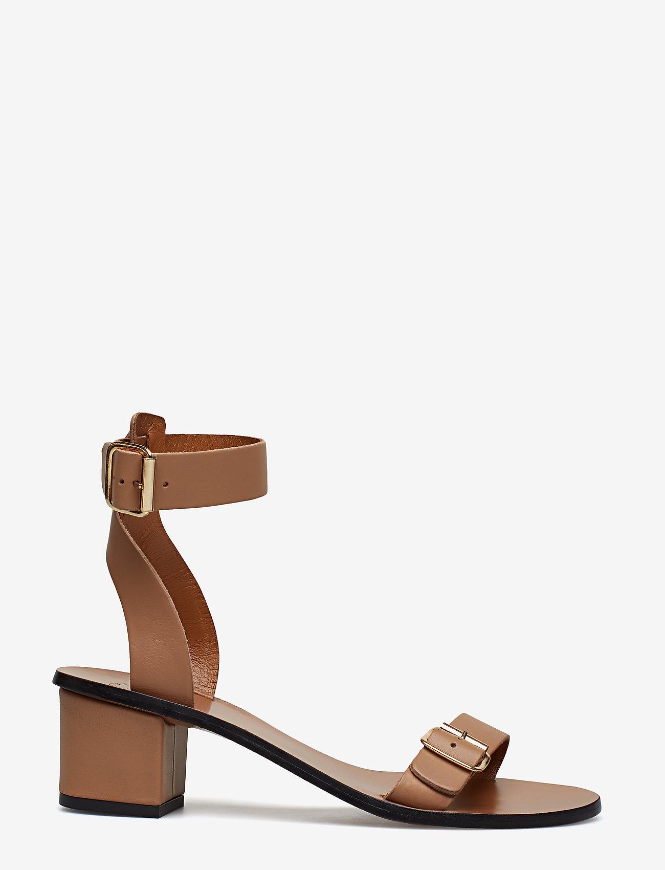 ATP Atelier - Carmen Almond Vacchetta - korolliset sandaalit - almond