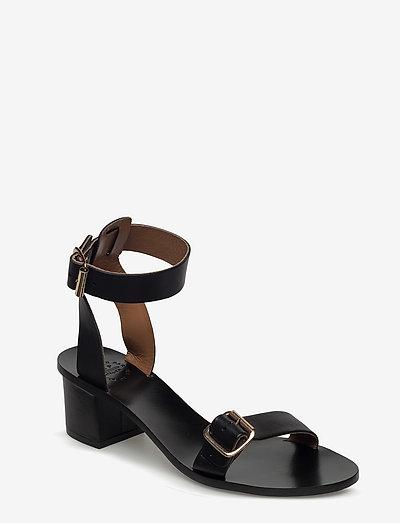 Carmen Black Vacchetta - högklackade sandaler - black