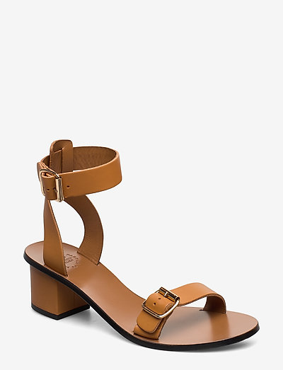 Carmen Terra Vacchetta - högklackade sandaler - terra