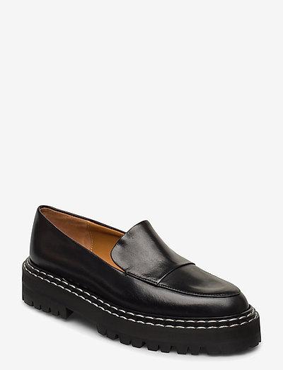 Manduria Black Vacchetta - loafers - black