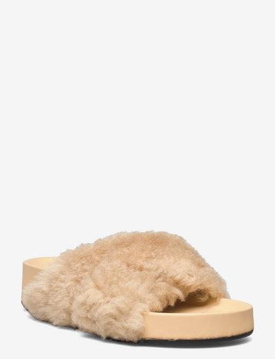 Urbino Vanilla Shearling - nowości - vanilla