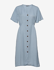 b.young - BYHARIMO DRESS - - midi kjoler - chambray blue - 0