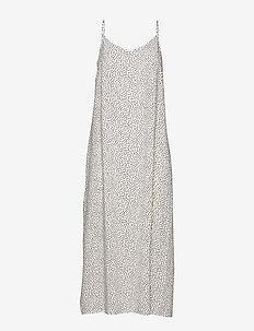 BYISOLE SLIP IN DRESS - - maxi sukienki - off white combi 8