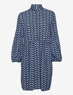 BYHENNA DRESS - - korte kjoler - country blue mix