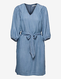 BYLANA PUFF SL DRESS - - midi dresses - mid blue denim