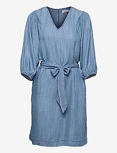 BYLANA PUFF SL DRESS - - robes de jour - mid blue denim