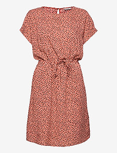 BYMMJOELLA ONECK DRESS - - summer dresses - etruscan red mix
