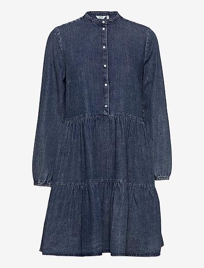 BYISELLE DRESS - - sommerkjoler - ligth blue denim
