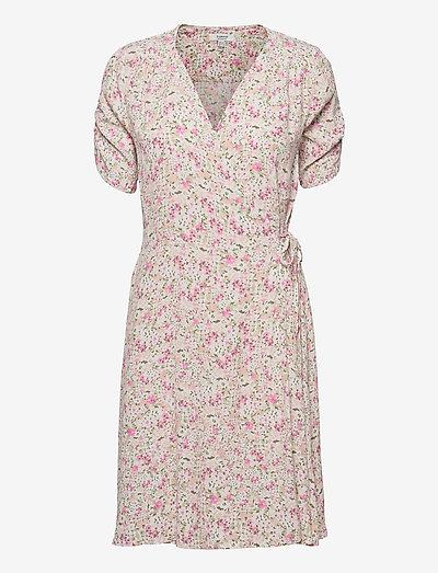 BYFLAMINIA WRAP DRESS - - sommerkjoler - fuchsia pink mix