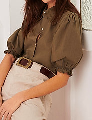 ba&sh - YSEULT SHIRT - blouses met korte mouwen - khaki - 0