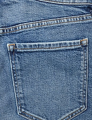 Banana Republic - High-Rise Wide-Leg Cropped Jean - broeken met wijde pijpen - medium blue vintage - 4