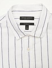 Banana Republic - Untucked Slim-Fit Linen-Cotton Shirt - casual shirts - wide stripe - 2