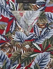 Banana Republic - Slim Soft Resort Shirt - short-sleeved shirts - saucy red - 2