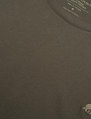 Banana Republic - I LOGO SOFTWASH ORGANIC TEE - basic t-shirts - nightshade global - 2