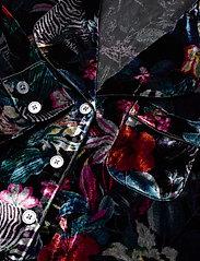 Banana Republic - Velvet Pajama Set - pyjama''s - fleur watercolor zebra - 4