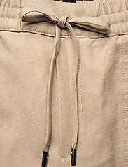 Banana Republic - Slim TENCEL™-Linen Pant - casual trousers - khaki - 3