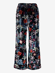 Banana Republic - Velvet Pajama Set - pyjama''s - fleur watercolor zebra - 3