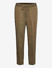 Slim TENCEL™ Pant - HERITAGE OLIVE