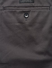 Banana Republic - Aiden Slim Rapid Movement Chino - chinos - charcoal 1 - 4