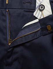 Banana Republic - Aiden Slim Rapid Movement Chino - chinos - preppy navy - 3