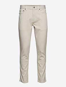 Athletic Tapered Traveler Pant - WHIPPED CREAM