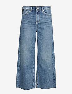 High-Rise Wide-Leg Cropped Jean - pantalons larges - medium blue vintage